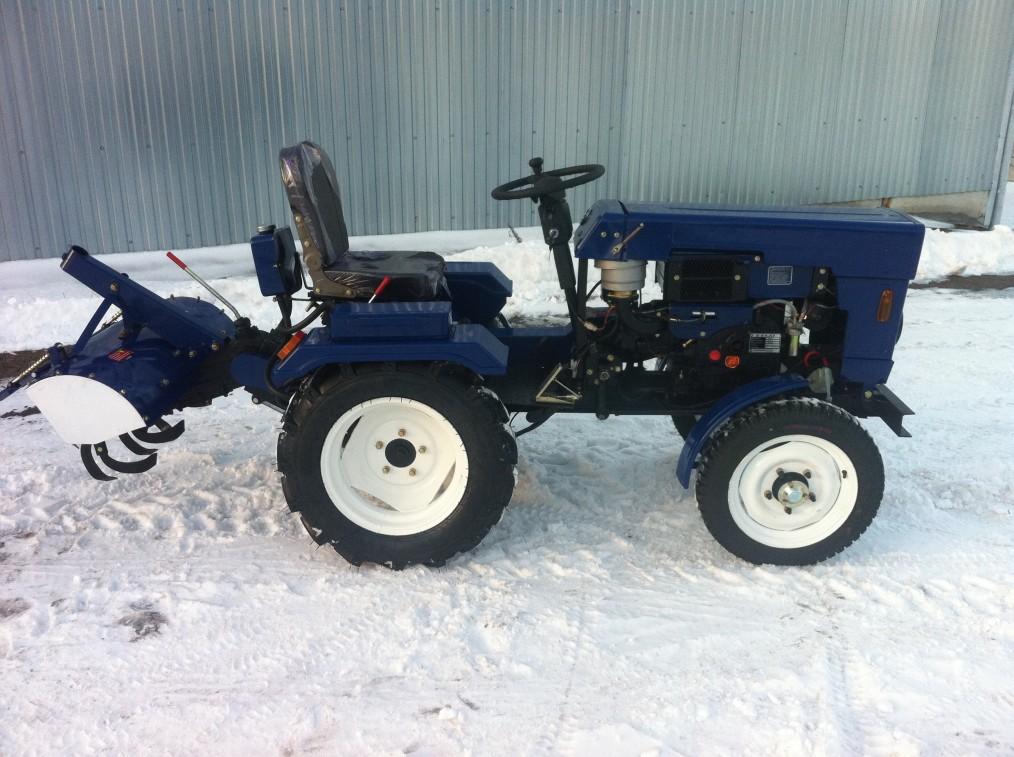 mototraktor-bulat-bulat-120-so-starterom-frezoj-plugom.jpg